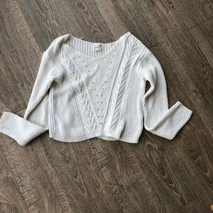 ✨Cream cropped long sleeve sweater✨ XS